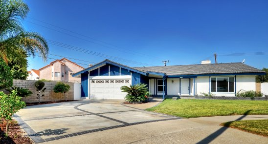 Featured property: 10421 Larry Drive
